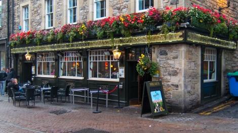 Milnes, Rose Street, Edinburgh (exterior)