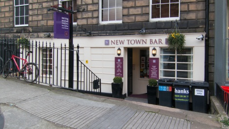The New Town Bar, Dublin Street, Edinburgh (exterior)